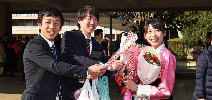 朝鮮大学校の卒業式