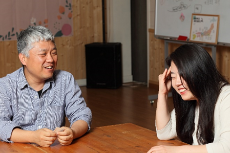 キム・ミョンジュン監督と、チェ・アラム監督